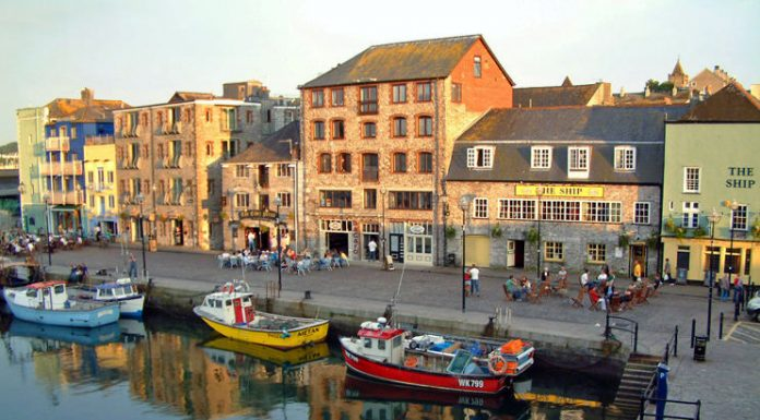 Plymouth harbour in Devon. Photo by: Bex Ross