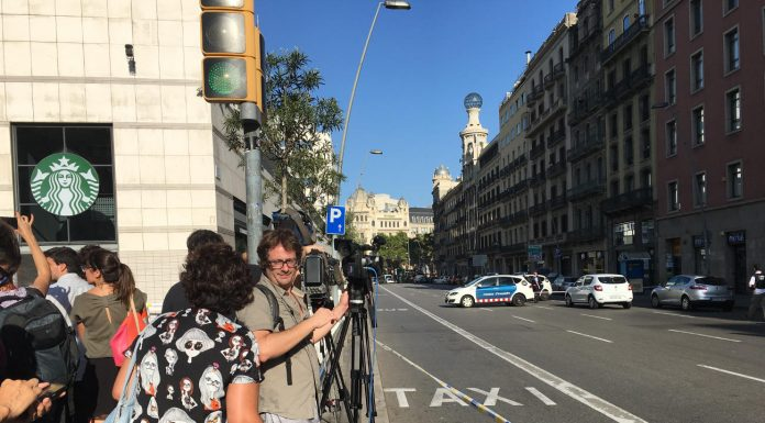 "Police perimeter in ""Las Ramblas"", Barcelona. Photo by: Evan McCaffrey."