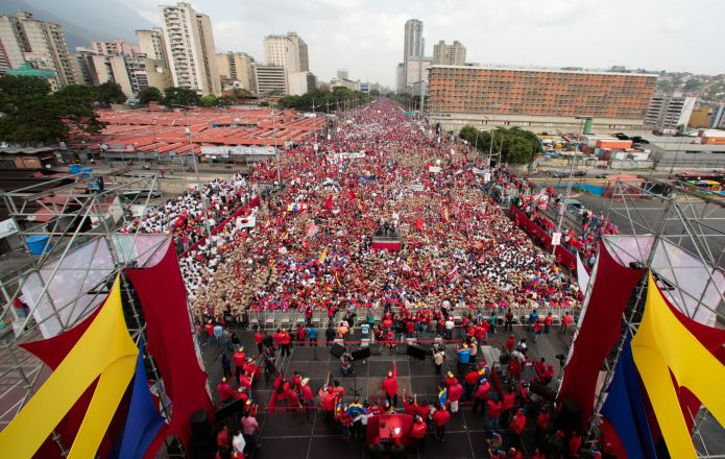 Meeting called by Maduro to defend against US-threats. Photo by: AVN.