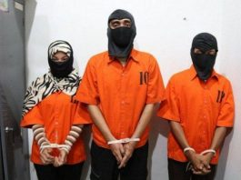 Indonesia: Fake news group called Saracen arrested. Ketiga, Tersangka, Kasus.
