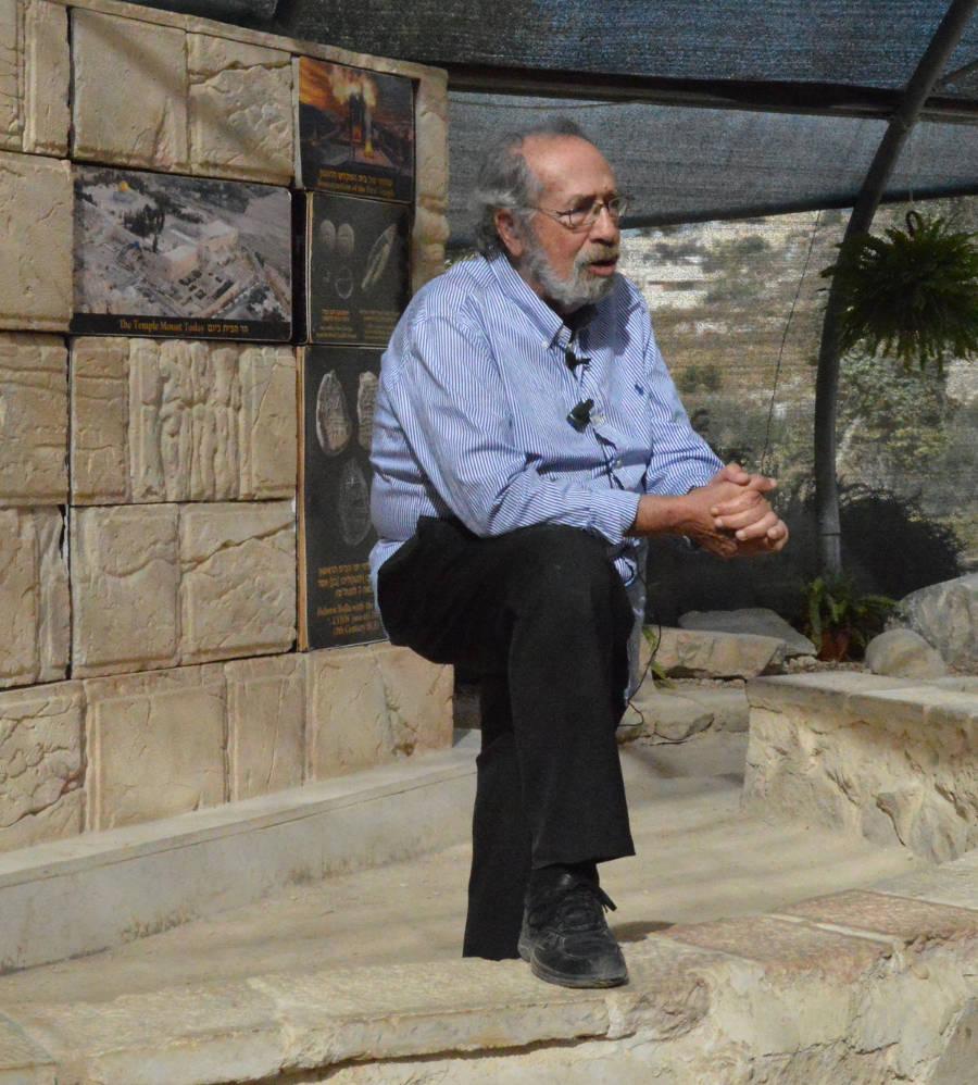 Gabby Barkay, Israeli archaeologist. Photo by: Barry A Kaplan/Jerusalem