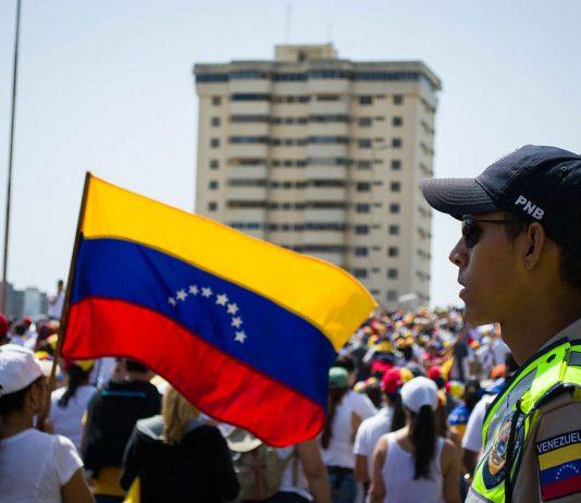 Marcha do Palacio-Justicia Maracaibo.