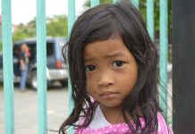 Sad Filipino girl. Photo by: Gonzales Earnest.