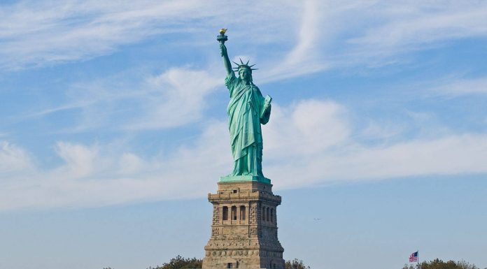 Statue of Liberty, New York city. Photo by: William Warby.