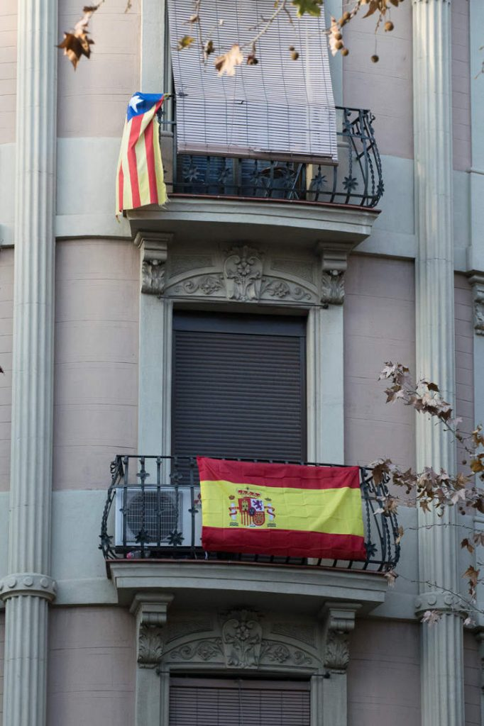 Spanish and Catalan independence flag. Photo by: Evan McCaffrey.