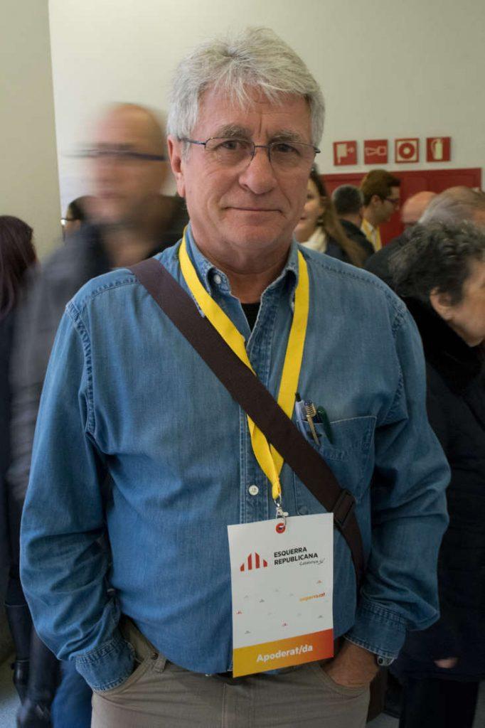 Esquerra Republicana Catalunya party volunteer. Photo by: Evan McCaffrey.