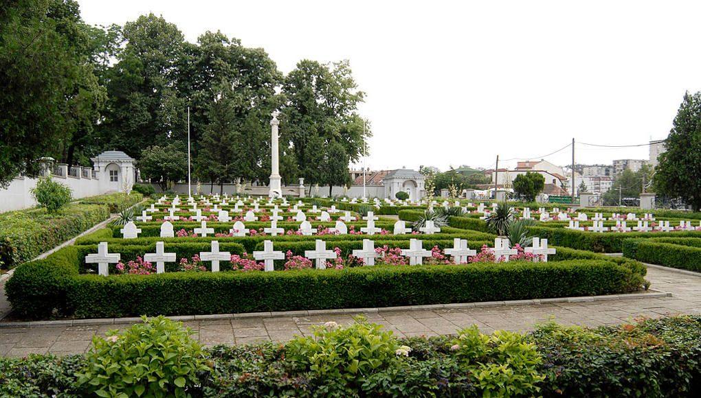 Graveyard in Belgrade. Photo by: Institute for Belgrade's Monuments