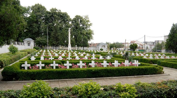 Graveyard in Belgrade. Photo by: Institute for Belgrade's Monuments