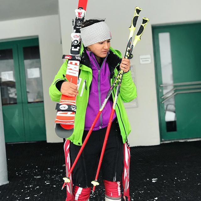Aanchal Thakur. Skiing competition held in Turkey. Photo by the official Aanchal Thakur's Instagram account.