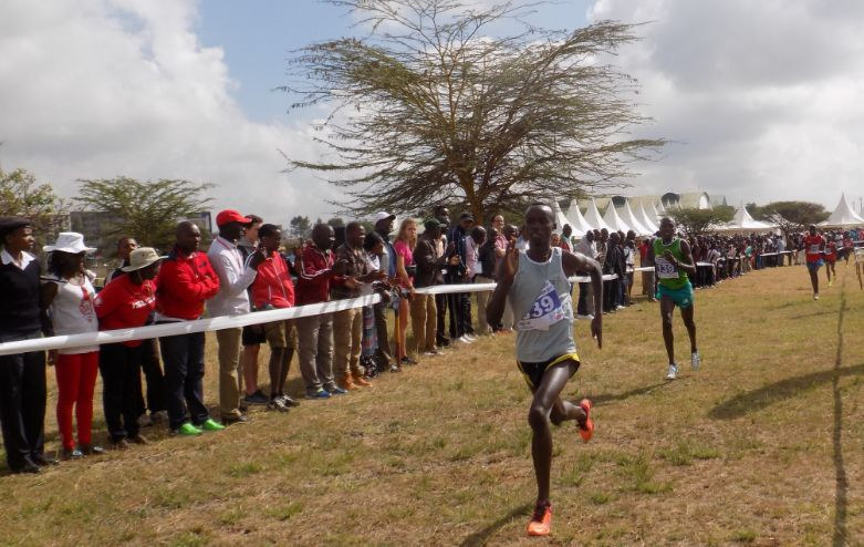 Action during the national cross country trials in Nairobi, Kenya. Photo by: Ronnie Evans.