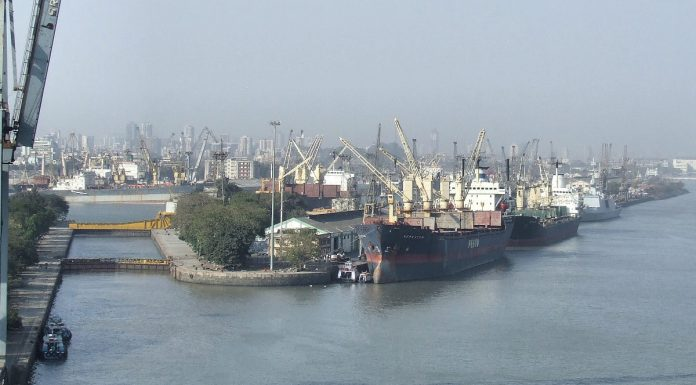 Docks of Jawaharlal Nehru Port (Mumbai), the largest container port in India. Photo by: Robert Cutts.