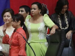 The oath of former President and Pampanga Representative Gloria Macapagal Arroyo (second from the right) as new House Speaker at the House of the Representative at the Bantasan Hills in Quezon City on July 23, 2018, Philippines. Photo by: Avito C. Dalan for the Philippine News Agency.