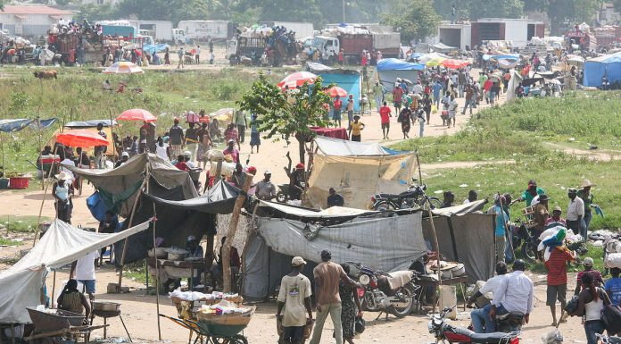 At the Border of Haiti and the Dominican Republic Photo by: Alex Proimos.