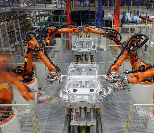 Automation in the automotive industry. Photo by: KUKA Systems GmbH.