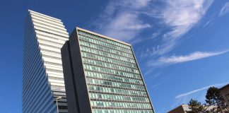 Roche Building 1 / Herzog & de Meuron. Image by: Fred Romero