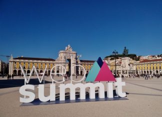 Web Summit's promotional item in Praça do Comércio, Lisbon, Portugal. Photo credit: Rick Morais.