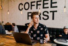 Digital nomadism is a rising trend. (Photo by Austin Distel on Unsplash)