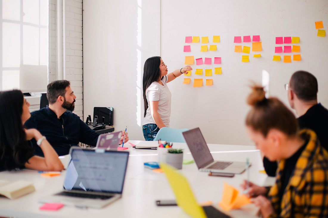 Teamy works with facilitators who design workshops for companies. (Photo by You X Ventures on Unsplash)