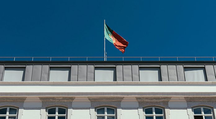 The Portuguese government has put a raft of measures in place to combat the spread of the virus and help workers and struggling businesses. (Photo by who?du!nelson on Unsplash)