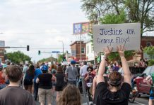 George Floyd Protest in south Minneapolis. Photo credit: Fibonacci Blue.